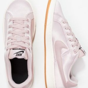 Nike Shoes - Nike Court Royale pink particle rose SE Sneakers 9eb288570